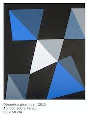 Work geometric and minimalist title costructivista pyramidal Dynamics.