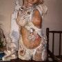 Here Comes the Bride patinierte Terrakotta. Orm