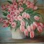 Los tulipanes de color rosa en el fondo del pastel. Viera Farina
