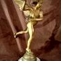 Eros bronze signé itasse. Marc Menzoyan Antiquités