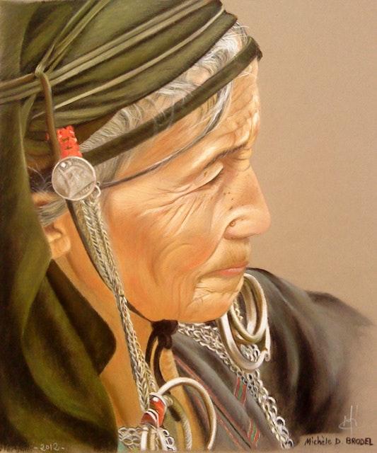 «Laotienne (Ethnie Mong)» : pastel sec sur papier Canson mi-teintes. Michèle Duretête-Brodel Michèle Duretête-Brodel
