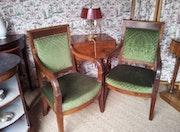 Paire de fauteuils d'époque Empire, acajou, garniture en velours vert. Eurl Koppel