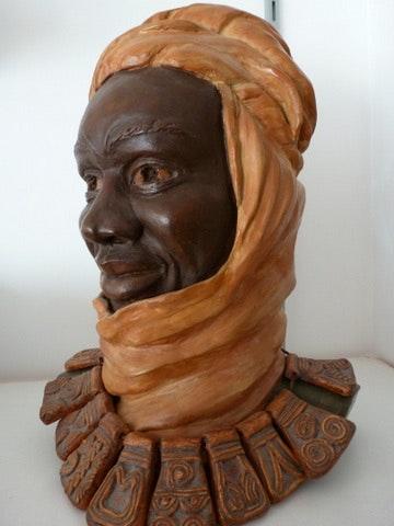 L'homme au collier Mauritanien. Annie Bidal Annie B.