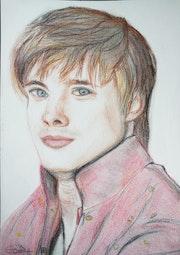 Bradley James -Jeune prince Arthur.