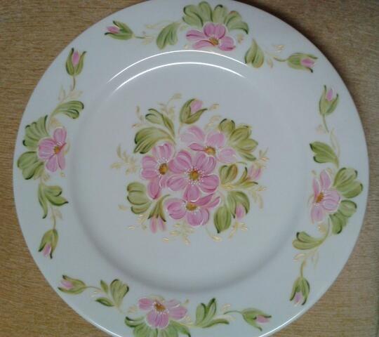 Pintura en ceramica-flores. Pilar M. Pilar