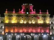 Foto-Plaza Mayor de Salamanca-Viva España. M. Pilar