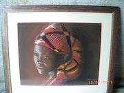 Africaine dans la pénombre.