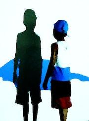 L'enfant jouant avec son ombre (bleu). Céline Salaun