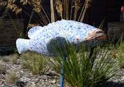 Mérou de jardin décor mosaïque.