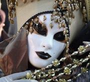 Una mascara Veneciana. M. Pilar