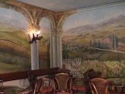 Peysage des Toscano sur tout la sale avec la plafon. Viktoria Graziana