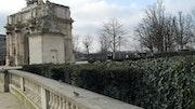 Les moineaux du Louvre, Paris, France.
