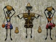 Famille de bergers (Acrylique relief +collage à base de récup). Azoucat