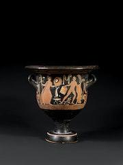 Grand cratère en cloche à figures rouges, art grec, IVème siècle avant notre ère. Keramion
