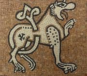 Mosaïque représentant un monstre au prieuré de ganagobie.