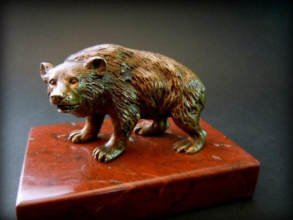 Ours en bronze.  Marc Menzoyan Antiquités