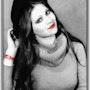 «Chapeau noir et rouge à lèvres» (Rouge Coco). Photos_Graphein