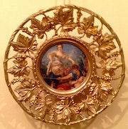 Antikes Porzellan und Bronze-Platten bemaltes Porzellan Zentrum.. Antiguedadesoratam