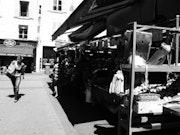 Gens (2) - Rue de la Terrasse - Août 2013.
