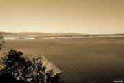 Entre mer et montagnes enneignées. Mathieu Laugel