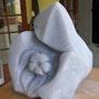 Sculpture en albâtre bleue «Ecume». Françoise Faucher-Moreau