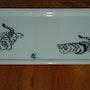 Chaton sachant chasser - peinture xieyi sur porcelaine. Plume Magicienne