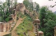 Un château fort (Ghaleh rood kan). Sharareh Jafarinejad Soumeh Sarae