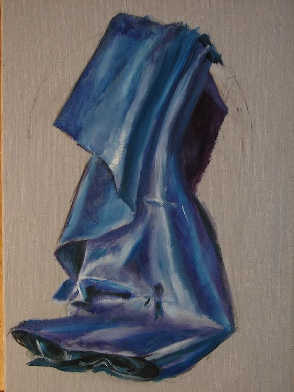Drapé en satin bleu. Eloy Patrick Eloy