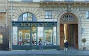 Le magasin Sennelier ou la caverne et l'artiste.