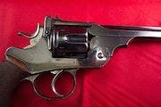 Magnifique Revolver Britannique de 1885 canon 6 pouces, excellente conservation. Carma Gnolet