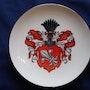 Porzellan Wappenteller, Adelsgeschlecht von Estorff, kpm Berlin, wohl 20. Jhdt.. Thomas Kern