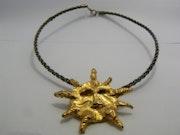 Collier soleil. Bijoux Sculptes Sigrid