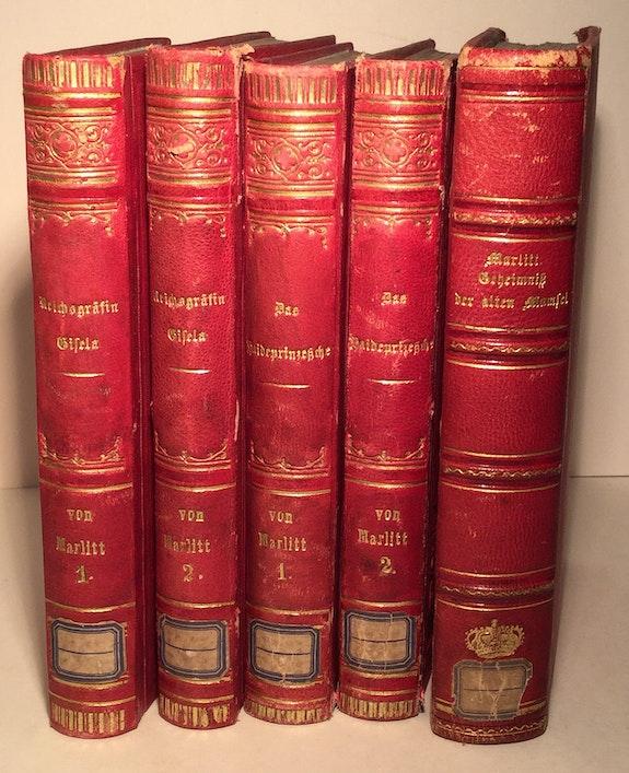5 Bände aus der Bibliothek Erzherzogin Marie Therese von Österreich-Este.  Thomas Kern