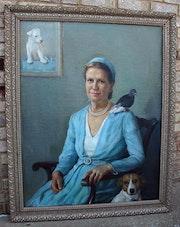 Bird, dog, portrait, interior, farm, home. Jamal Alqudsi