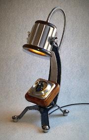 Lampe mit Altem Hauptschalter.