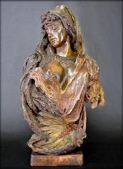 «Esclave». Marc Menzoyan Antiquités