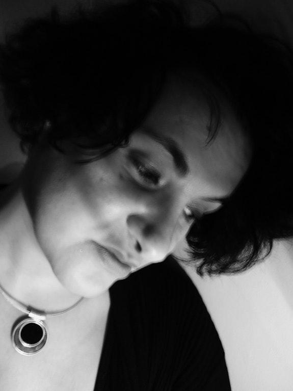Autoportrait - At home - Novembre 2013. Anne Verron Anne Verron