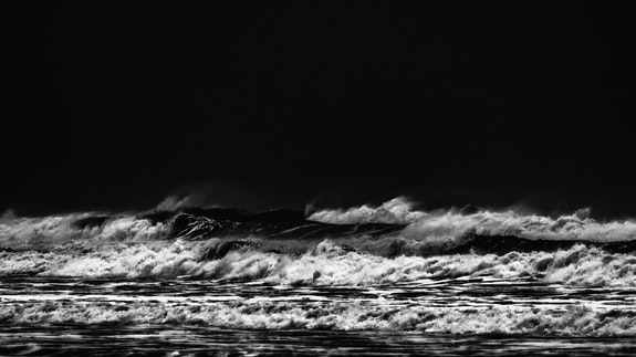 Waves in black and white 2. Jorg Becker Jorg Becker