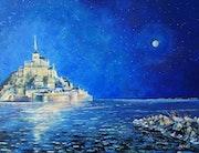 Nuit de pleine lune sur le Mont Saint Michel.