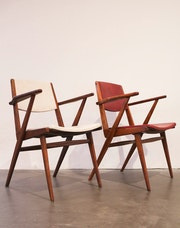 Fauteuils modernistes circa 1960.
