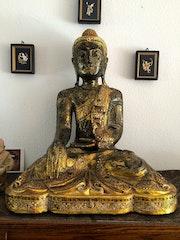 Buddha aus Nordthailand. Swissmagic
