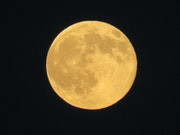 La lune….