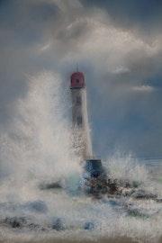 La vague sur le phare.