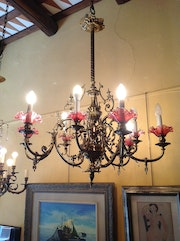 Modernista Gas Lamp in bronze With Tulipas In Glass.