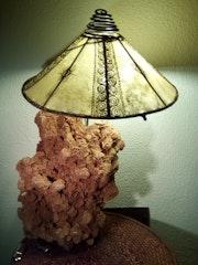 Lampe artisanale. Lama Crea
