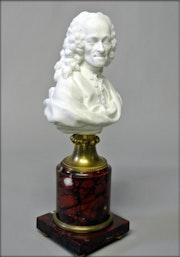 Buste de Voltaire. Marc Menzoyan Antiquités