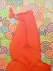 Femme orange méditant.