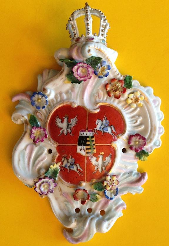 Porzellan Meissen Wappenkartusche Kurfürst Friedrich August III von Sachsen 1745.  Thomas Kern