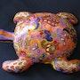 Sculpture de tortue peinte à la main. Violette Causse