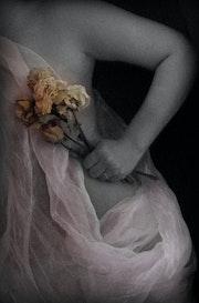 Torse avec des fleurs-Torso con flores.